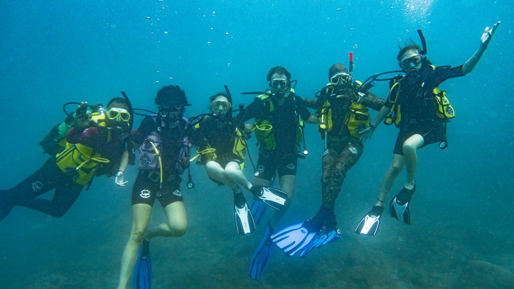 Learn to dive in Kenya
